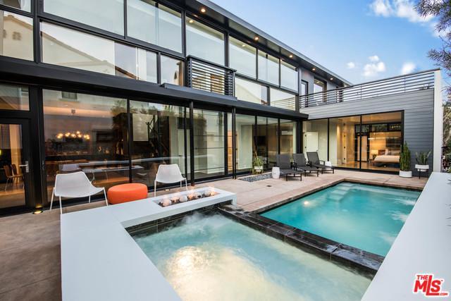 526 Santa Ana Avenue, Newport Beach, CA 92663 (MLS #18328156) :: The John Jay Group - Bennion Deville Homes