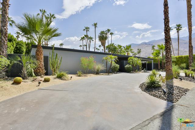 1127 E Mesquite Avenue, Palm Springs, CA 92264 (MLS #18371114PS) :: The John Jay Group - Bennion Deville Homes