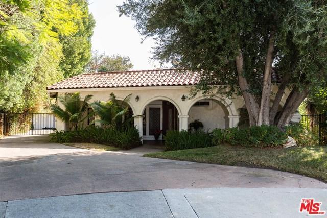 19400 Kinzie Street, Northridge, CA 91324 (MLS #18402286) :: The John Jay Group - Bennion Deville Homes