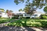 252 Broadmoor Boulevard - Photo 2
