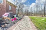 1029 Knollhaven Road - Photo 35