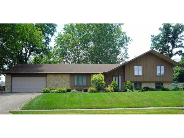 422 Rankin Dr, Englewood, OH 45322 (MLS #740773) :: Denise Swick and Company