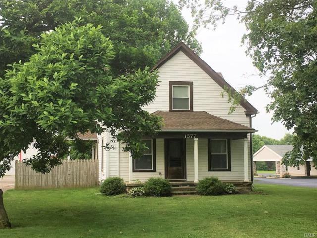 1577 2nd Street, Xenia, OH 45385 (MLS #741142) :: The Gene Group