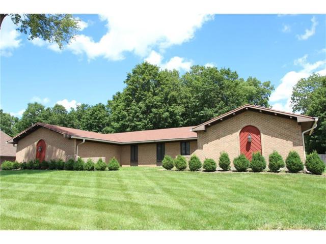 8824 Tanglewood Drive, Springboro, OH 45066 (MLS #741618) :: Denise Swick and Company