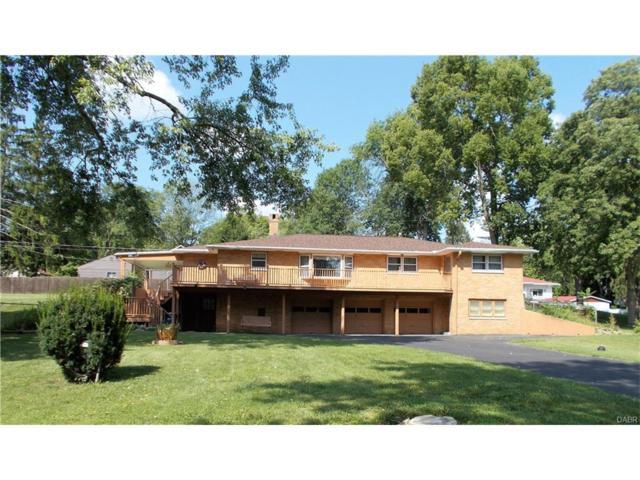 7999 Irvington Avenue, Clayton, OH 45415 (MLS #745669) :: The Gene Group