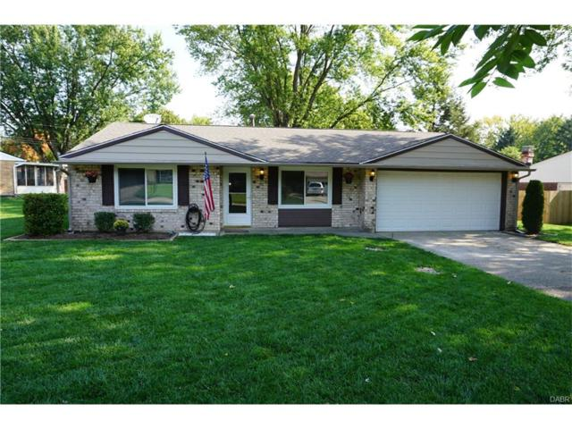 2194 Tampico Trail, Bellbrook, OH 45305 (MLS #748234) :: The Gene Group