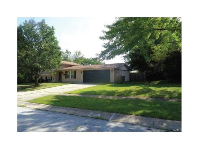 5074 Seville Drive, Englewood, OH 45322 (MLS #748632) :: Denise Swick and Company