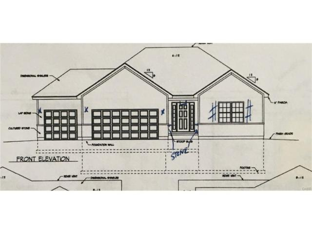 900 Governors Road, Troy, OH 45373 (MLS #749742) :: The Gene Group