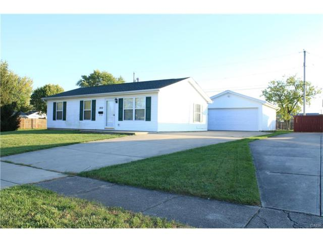 1902 June Drive, Xenia, OH 45385 (MLS #749917) :: The Gene Group