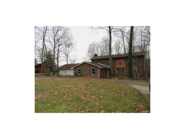 2937 Stauffer Drive, Beavercreek, OH 45434 (MLS #752957) :: Denise Swick and Company