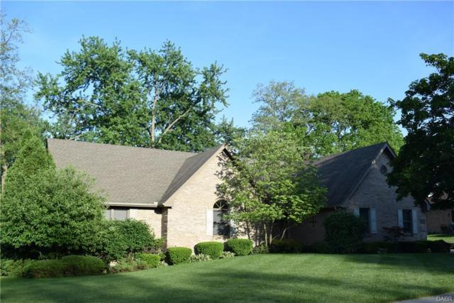 8006 Forest Lawn Court, Centerville, OH 45458 (MLS #765062) :: Jon Pemberton & Associates with Keller Williams Advantage