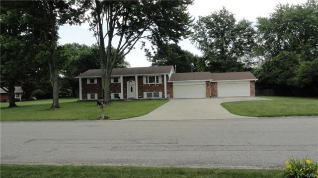 460 Coach Drive, Tipp City, OH 45371 (MLS #767216) :: Denise Swick and Company