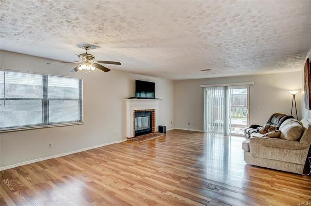6417 Prairie Creek Court, Huber Heights, OH 45424 (MLS #767608) :: Denise Swick and Company