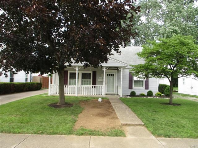 1728 Sweetbriar Lane, Springfield, OH 45505 (MLS #768409) :: Jon Pemberton & Associates with Keller Williams Advantage