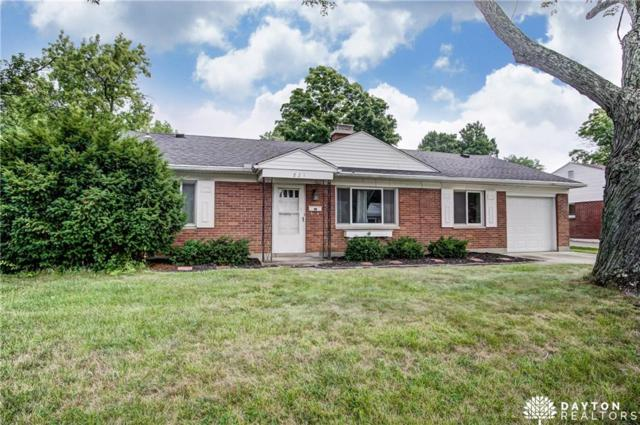821 Hollendale Drive, Dayton, OH 45429 (MLS #770462) :: Denise Swick and Company