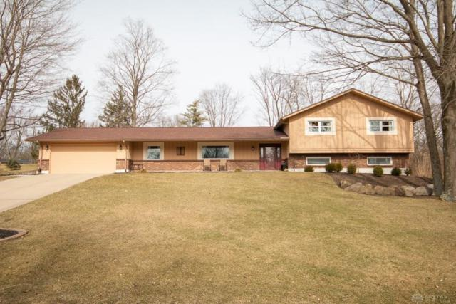 1475 Ambridge Road, Centerville, OH 45459 (MLS #786252) :: The Gene Group