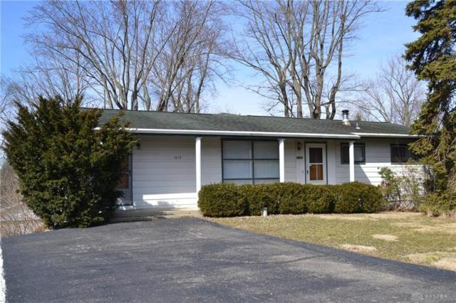 1615 Ken Klare Drive, Beavercreek, OH 45432 (MLS #786447) :: Denise Swick and Company