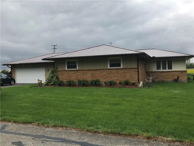 1195 Springbrook Lane, Piqua, OH 45356 (MLS #790953) :: The Gene Group