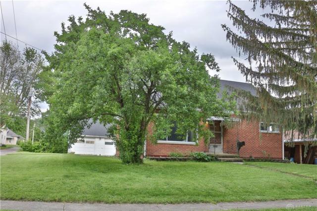 925 Chestnut Street, Xenia, OH 45385 (MLS #791733) :: The Gene Group