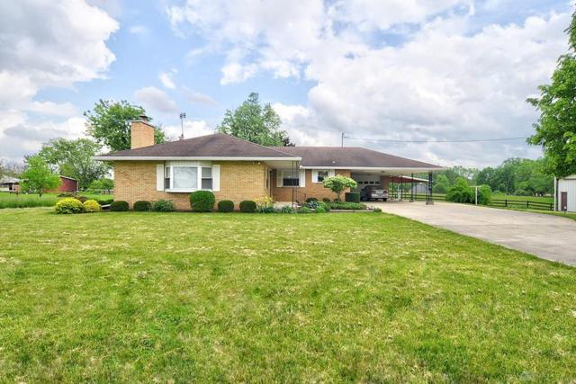 11646 Dayton Farmersville Road, Farmersville, OH 45325 (MLS #791831) :: Denise Swick and Company