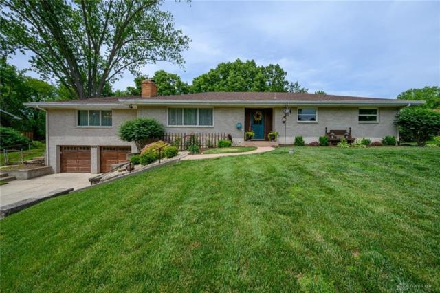 2790 Woodmont Drive, Beavercreek, OH 45434 (MLS #793170) :: The Gene Group