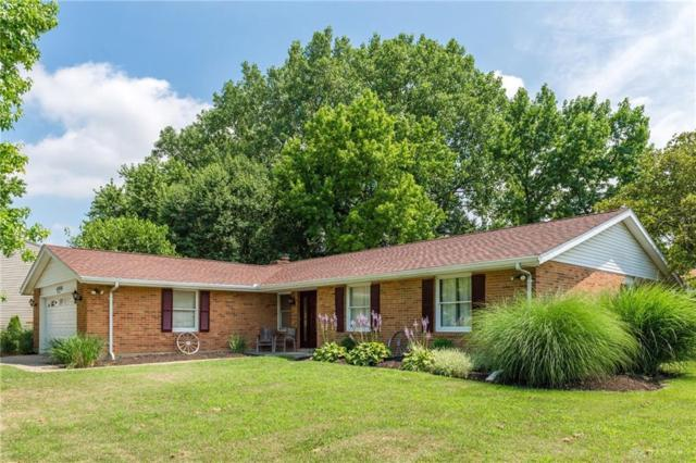 4900 Sparrow Drive, Huber Heights, OH 45424 (MLS #795175) :: Denise Swick and Company