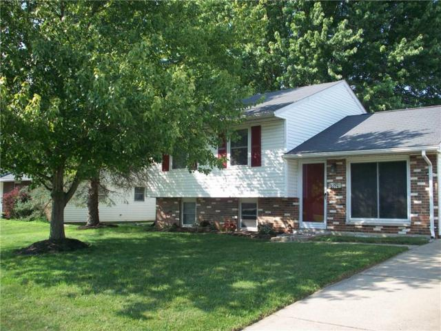 2006 Wimbledon Drive, Xenia, OH 45385 (MLS #795918) :: The Gene Group