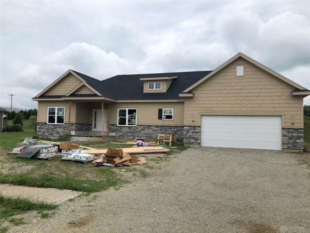956 Foxtail Circle, Tipp City, OH 45371 (MLS #796601) :: The Gene Group