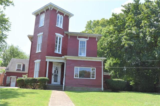 913 Covington Avenue, Piqua, OH 45356 (MLS #796888) :: Denise Swick and Company