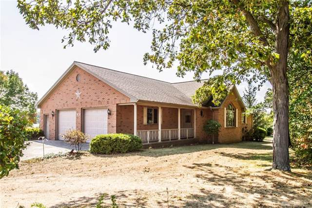 1301 Holly Hill Drive, Greenville, OH 45331 (MLS #800935) :: Denise Swick and Company