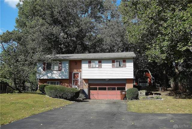 3582 Cedarwood Lane, Beavercreek, OH 45430 (MLS #801211) :: The Gene Group