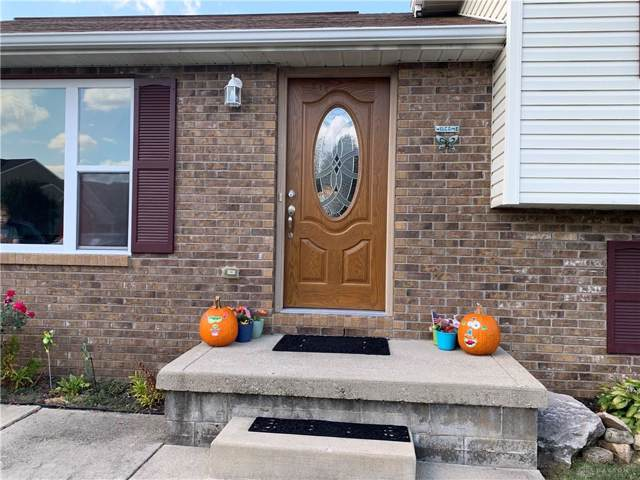 705 Birchton Place, Fairborn, OH 45324 (MLS #803426) :: Denise Swick and Company