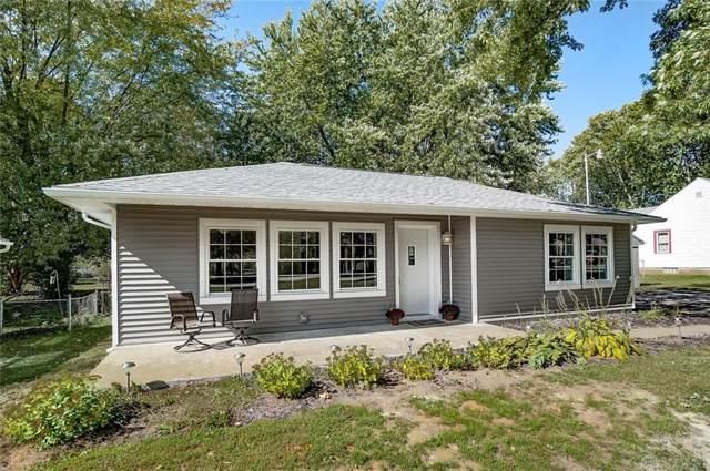 221 Hickory Drive, Springfield Township, OH 45503 (MLS #804331) :: Denise Swick and Company