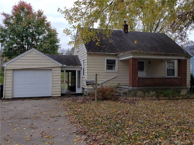 220 Grand Avenue, Trotwood, OH 45426 (MLS #805705) :: The Gene Group