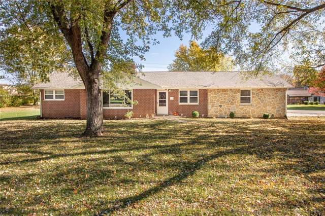 1918 Belleview Drive, Bellbrook, OH 45305 (MLS #805803) :: The Gene Group