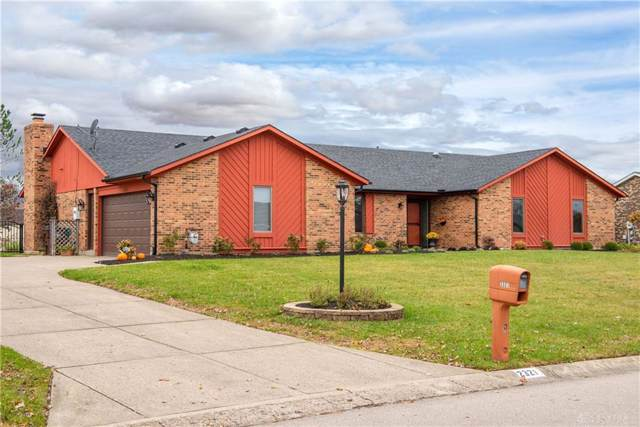 2321 Spicer Drive, Beavercreek, OH 45431 (MLS #805865) :: Denise Swick and Company