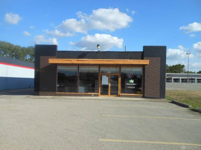 1064 Kauffman Avenue, Fairborn, OH 45324 (MLS #805958) :: Denise Swick and Company
