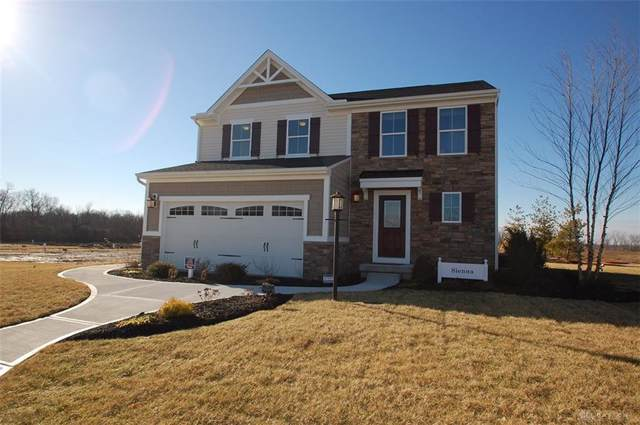 1027 Colonial Way, Huber Heights, OH 45424 (MLS #806111) :: Denise Swick and Company