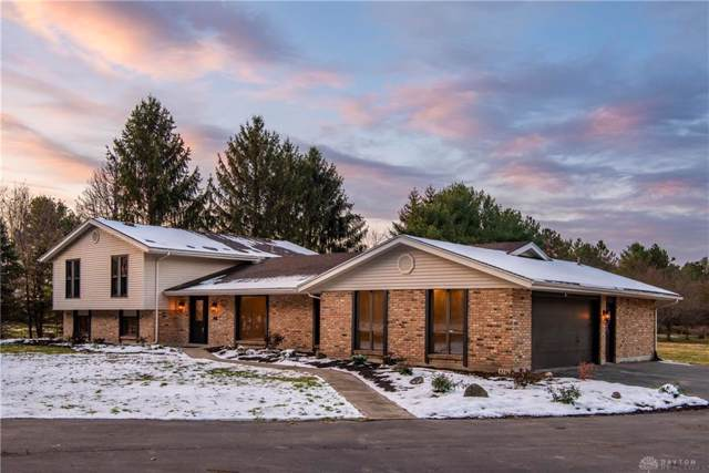 820 Hyde Road, Yellow Springs Vlg, OH 45387 (MLS #806147) :: The Gene Group