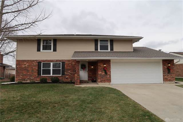 8871 Swinging Gate Drive, Huber Heights, OH 45424 (MLS #807264) :: The Gene Group