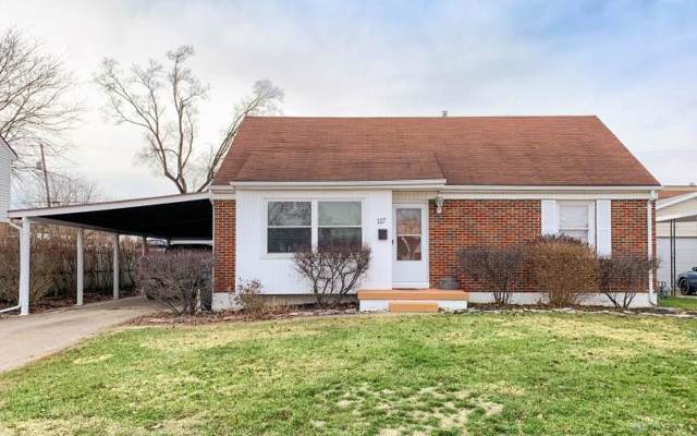 117 N Fostoria Avenue, Springfield, OH 45503 (MLS #807453) :: Denise Swick and Company