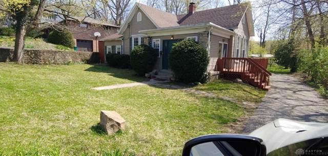 1228 Lytle Lane, Kettering, OH 45409 (MLS #808679) :: The Gene Group