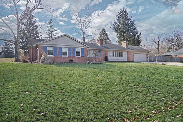 4129 Woodedge Drive, Bellbrook, OH 45305 (MLS #808888) :: The Gene Group