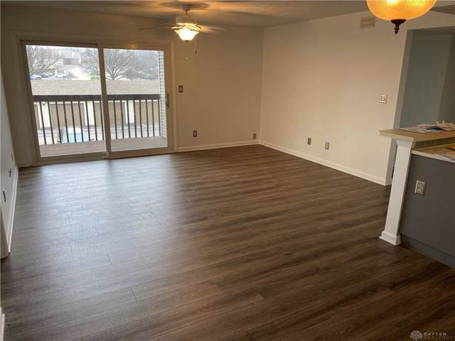 1510 Lake Pointe Way #7, Centerville, OH 45459 (MLS #808959) :: Denise Swick and Company