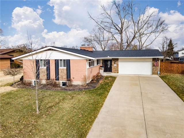 2809 Parklawn Drive, Kettering, OH 45440 (MLS #808966) :: Denise Swick and Company