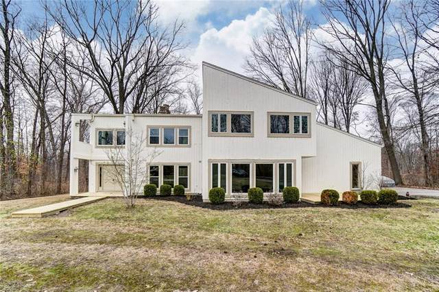9258 Clyo Road, Centerville, OH 45458 (MLS #809867) :: Candace Tarjanyi | Coldwell Banker Heritage