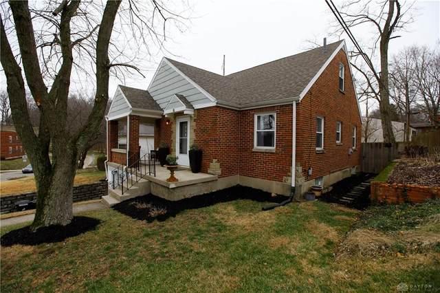 8 Acacia Drive, Oakwood, OH 45409 (MLS #809921) :: Candace Tarjanyi   Coldwell Banker Heritage