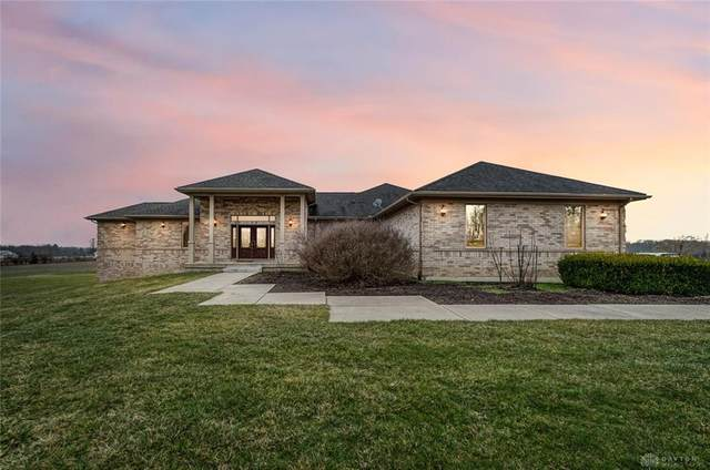 3880 Middle Run Road, Sugarcreek Township, OH 45370 (MLS #810050) :: Denise Swick and Company