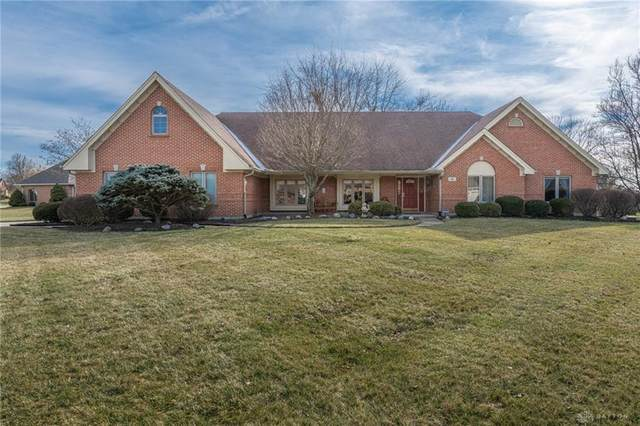 5 Heritage Court, Springboro, OH 45066 (MLS #810791) :: Candace Tarjanyi | Coldwell Banker Heritage
