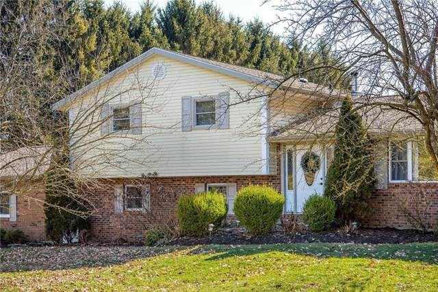 3183 Willow Road, Springfield, OH 45502 (MLS #810907) :: Candace Tarjanyi | Coldwell Banker Heritage